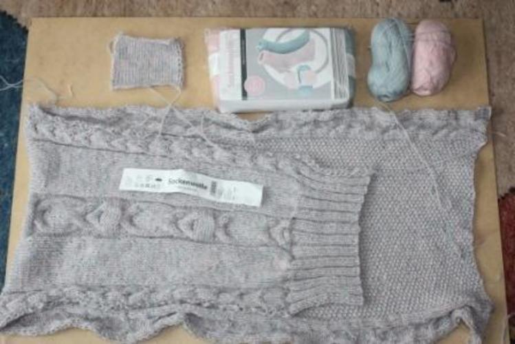 Makerist - Baby Schlafsack aus doppelt genommener  Strumpfwolle für mein Enkelkind  - Strickprojekte - 3