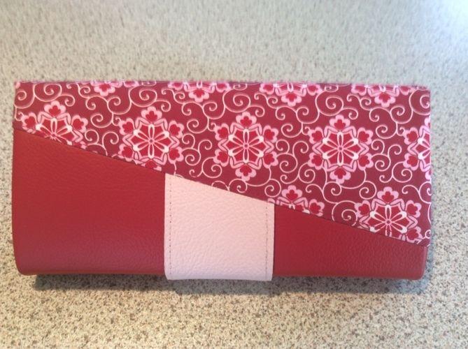 Makerist - Geldbörse Ruby. Sie besteht aus echtem Leder und Baumwolle im Oberstoff und ist für mich gedacht. - Nähprojekte - 2