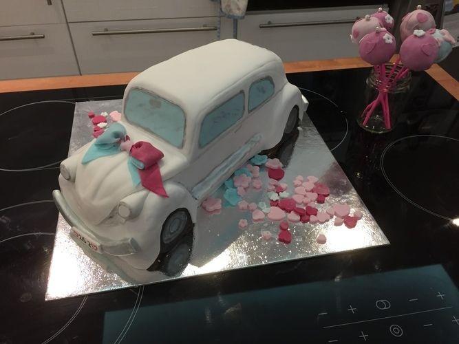 Makerist - VW Käfer-Buttercremetorte zum Hochzeitstag - Torten, Cake Pops und Cupcakes - 2