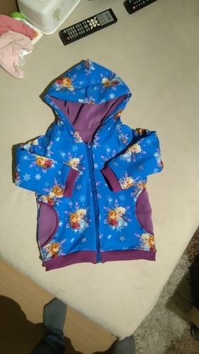Makerist - Übergangsjacke aus Baumwolljersey, innen Fleece für meine Tochter - Nähprojekte - 1