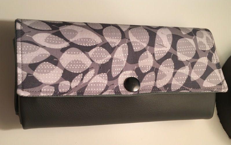Makerist - Portmonee aus Kunstleder und Baumwolle - mein ständiger Begleiter - Nähprojekte - 1