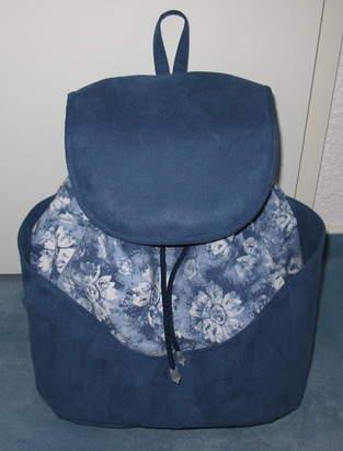 Makerist - Blauer Rucksack - 1
