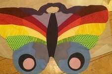 Makerist - Schmetterlingskostüm für Groß und Klein aus vielenbunten Stoffresten - 1