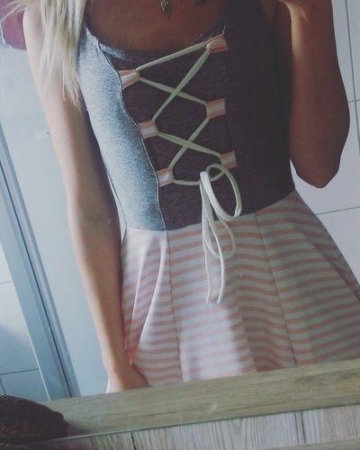 Makerist - Dirndl Kleid aus Jersey für mich selbst :)  - Nähprojekte - 1