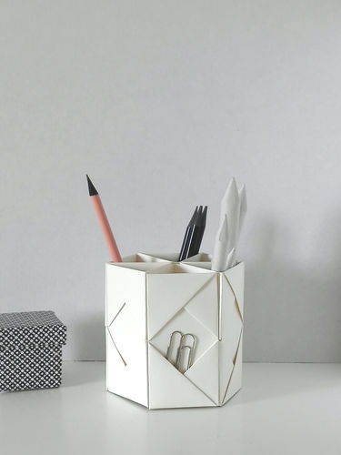 Makerist - FOLDED PEN HOLDER - DIY-Projekte - 1