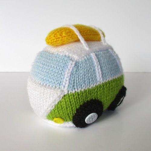 Makerist - Surfs Up Camper - Knitting Showcase - 3
