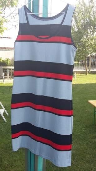 9afc2d256e7917 Lerne Kleider aus Jersey zu nähen im Video-Kurs von Makerist und Jolijou