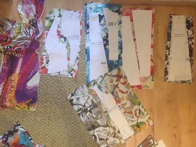 Makerist - vielfarbiges Sommerkleid aus Resten gepatched - Nähprojekte - 3