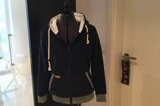Makerist - Kapuzenjacke aus Sweat - 1