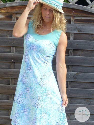 Makerist - Mein AnniNanni Herzkleid aus dem wundervollen Jersey Meeresduft - Nähprojekte - 1