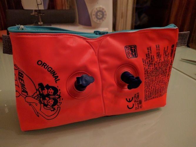 Makerist - Schwimmflügel Tasche als kleine Wickeltasche für unterwegs - Nähprojekte - 1