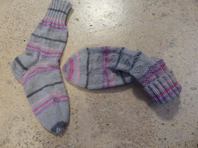 Makerist - Sylvie's Super Socke 2 - Strickprojekte - 1