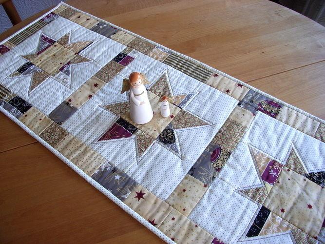 Makerist - weihnachtlicher Tischläufer - Patchwork-Projekte - 1