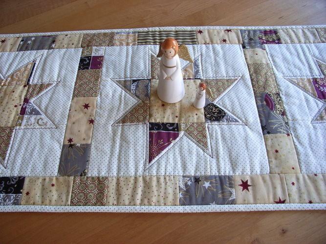 Makerist - weihnachtlicher Tischläufer - Patchwork-Projekte - 2