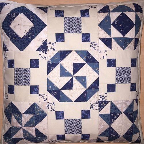 Makerist - Sampler - Kissen mit Mustern aus  Halbquadrat-Dreiecken - Patchwork-Projekte - 2