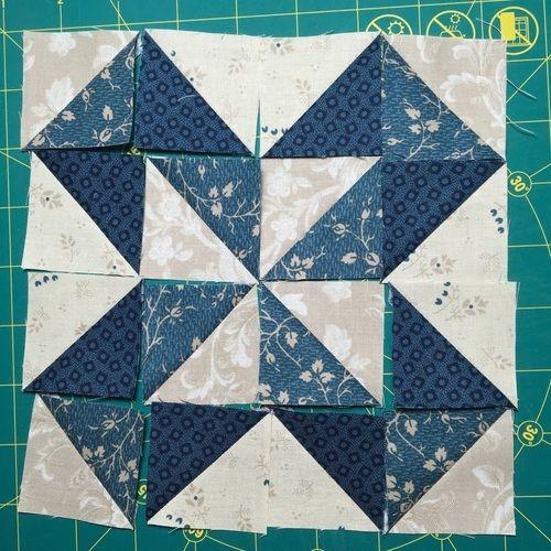 Makerist - Sampler - Kissen mit Mustern aus  Halbquadrat-Dreiecken - Patchwork-Projekte - 3