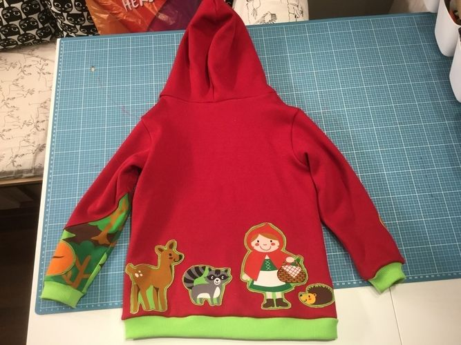 Makerist - Räubärhoodie aus sweat in 116 - Nähprojekte - 2