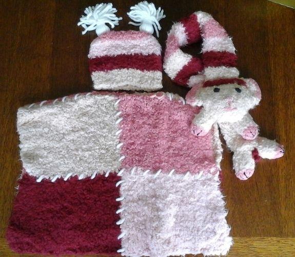 Makerist - Poncho bonnet et écharpe mouton en laine neige.  - Créations de tricot - 2