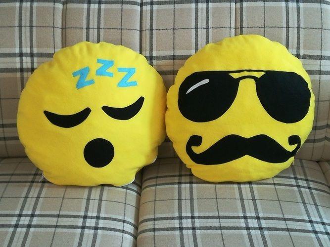 Makerist - Emoji-Kissen - Nähprojekte - 2