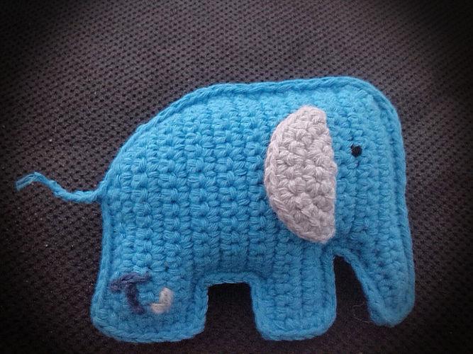 Makerist - Quitsche Elefäntchen - Häkelprojekte - 1