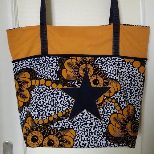 Makerist - Concours Novembre _ sac de couture (il faut au moins cette taille pour tout amener à mon cours) - Créations de couture - 1