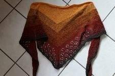 Makerist - Blümchen - ein Drreieckstuch - 1