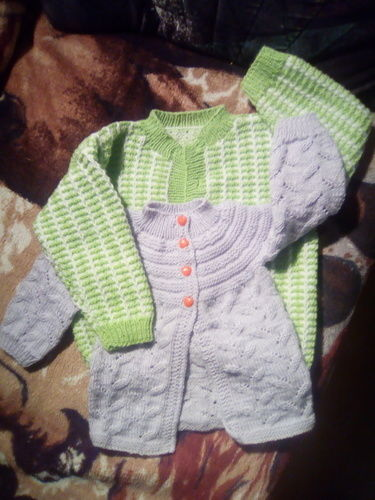Makerist - Babyjacken - Strickprojekte - 1