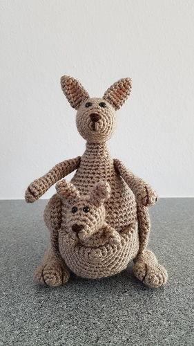Makerist - Kängurumama mit Baby - Häkelprojekte - 1