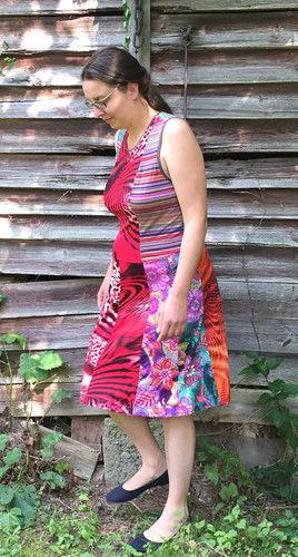 Makerist - ein Herbstkleid aus bunten Jerseyresten - Nähprojekte - 2