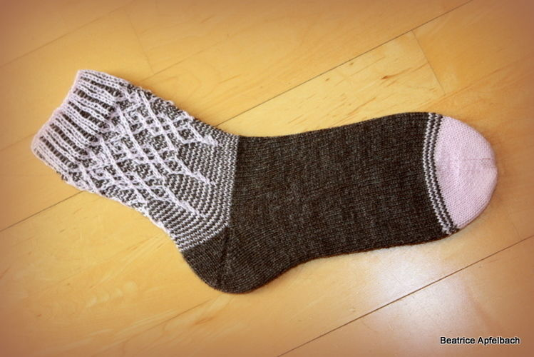 "Makerist - Socke ""Florista"" - Strickprojekte - 1"