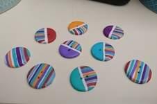 Makerist - Knöpfe selbst gemacht nach Video von perlenundmehr  - 1
