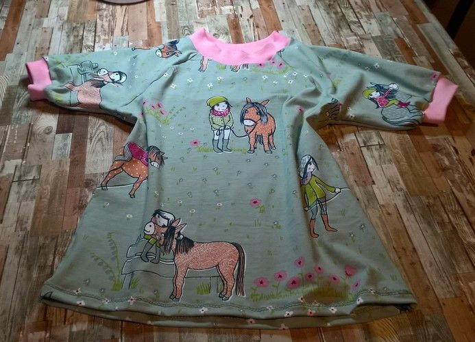 Makerist - Kindershirt und Socken aus Jersey für Pferdeliebhaber - Nähprojekte - 1