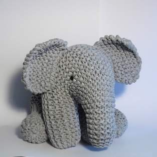 Makerist - Big Grey Elephant - 1