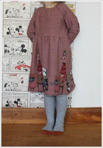Makerist - Raglan-Kleid aus Bordürenjersey - Nähprojekte - 1