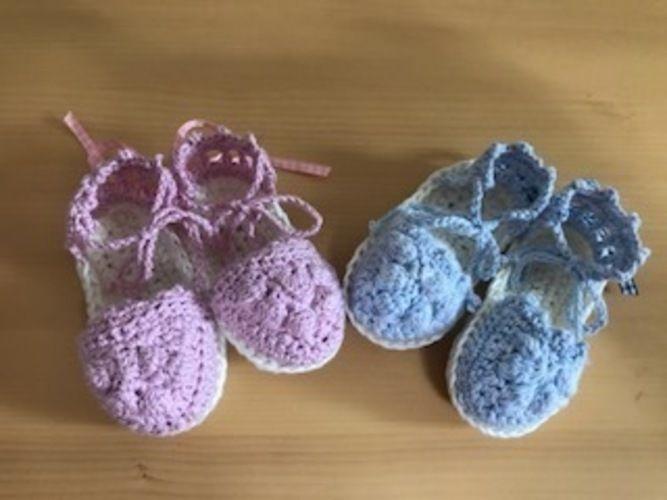 Makerist - Babyespandrilles / Mädchen - Häkelprojekte - 1