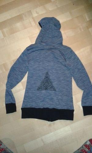 Makerist - Sweatshirtjacke mit selbstgeklöppelter Spitze - Nähprojekte - 2