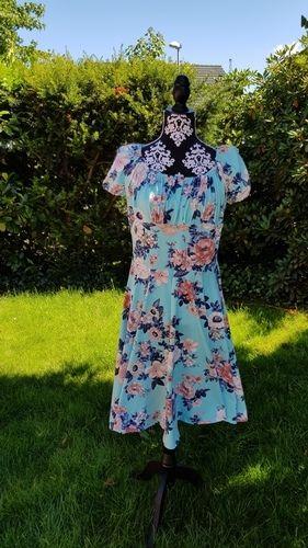 """Makerist - Kleid """" Lara"""" aus Jersey von Laveya - Nähprojekte - 2"""