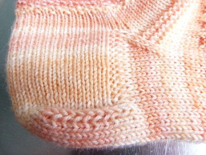 """Makerist - Socken """"Clementine"""" mit Sockenstrickkurs und -tabelle (auch für CraSyTrio-Nadeln) - Strickprojekte - 3"""