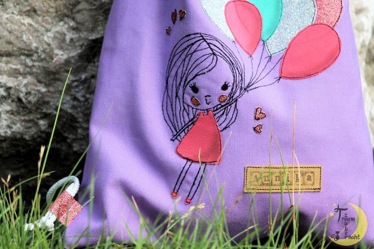 Makerist - Mädchen mit Luftballons - Textilgestaltung - 1