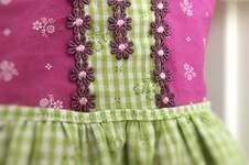 Makerist - Ein Dirndl fürs Baby-Mädchen - 1