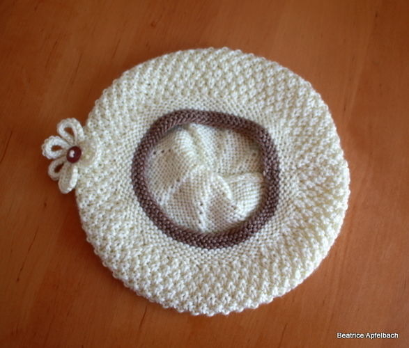 Makerist - Mäntelchen mit Baskenmütze - Strickprojekte - 2