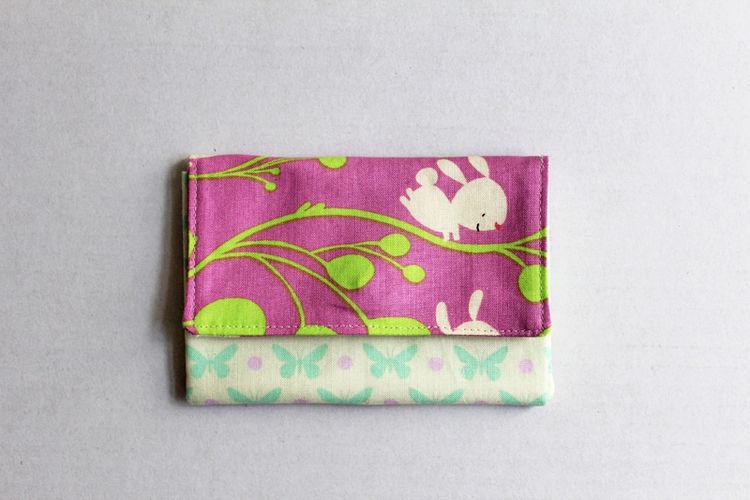 Makerist - Portemonnaie mit Häschen und Schmetterlingen - Nähprojekte - 1