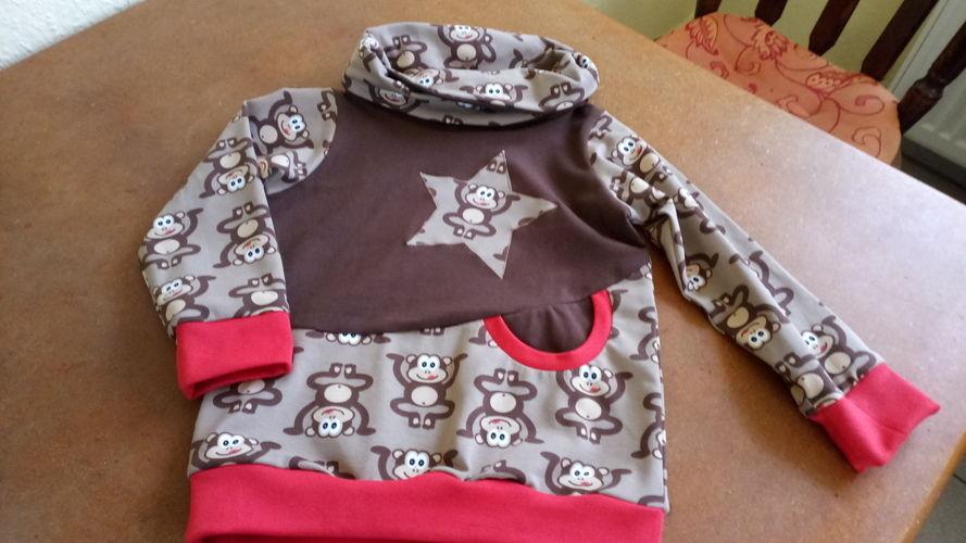 Makerist - Hoodie für das Enkelchen, Schnitt von Lybstes - Nähprojekte - 2