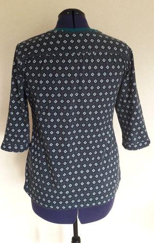 Makerist - Blusen-Shirt aus Jersey von lillesol & pelle - Nähprojekte - 2