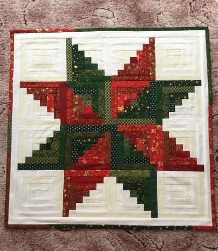 Makerist - Weihnachtsstern Mitteldecke  - Patchwork-Projekte - 1
