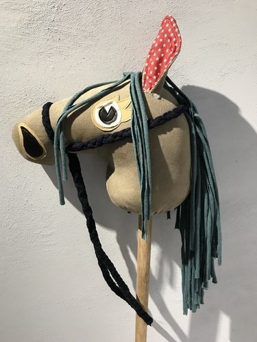 Makerist - Steckenpferd aus buntem Jeansstoff bzw. Cord und Jersey  - Nähprojekte - 3