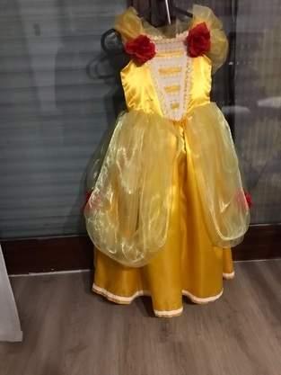 Makerist - Belles Kleid von schöne und das Biest - 1
