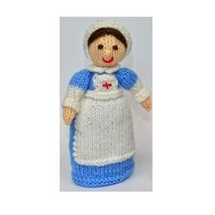 Makerist - WWI Red Cross Nurse - DK Wool - 1