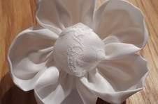 Makerist - Eine Blume für mein Brautkleid - 1