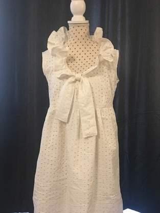 Makerist - Sommerkleid/Kleid Nani aus Lochspitze mit Rüschenkragen - 1